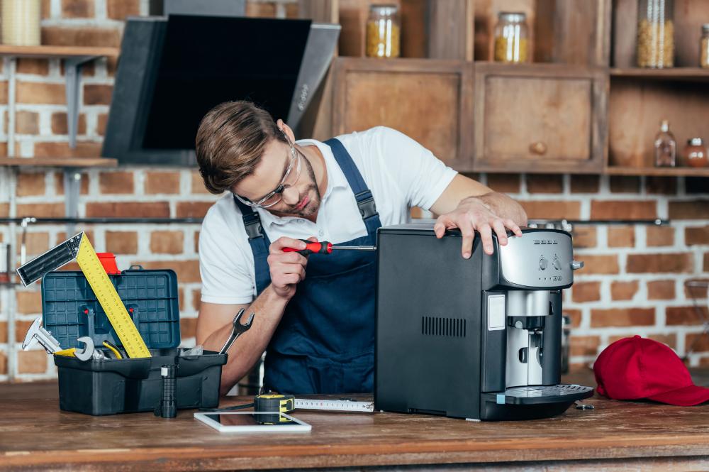 Reparatur und Wartung durch die Profis von Kaffee Müller